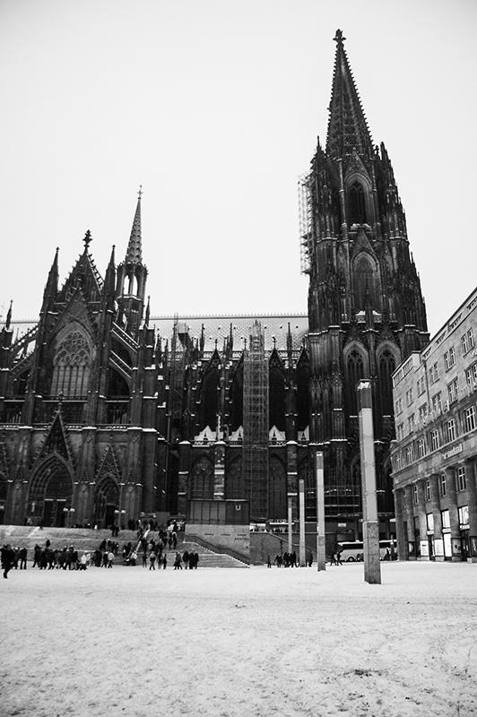 Schnee am Kölner Dom - Winter